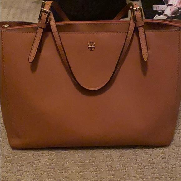 Tory Burch Handbags - Tory Burch tote/computer bag